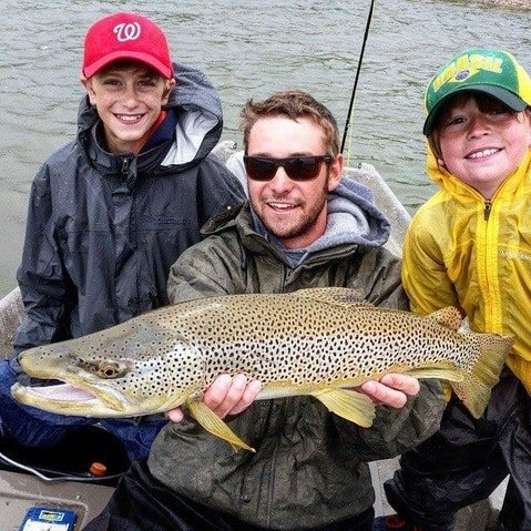 Fly fishing lessons for beginners in Casper Wyoming