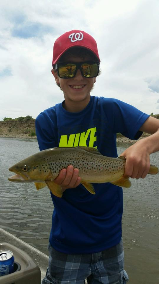 Wyoming fly fishing at it's best! Expert Wyoming Fly Fishing guides specializing in Grey Reef float trips. North Platte River. Casper, WY. Wyoming Anglers