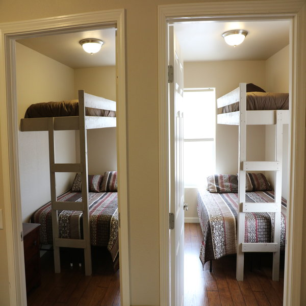 Alcova Wyoming Lodging Rooms
